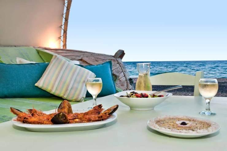 restaurant-santorini-aegialos-gallery-2_0